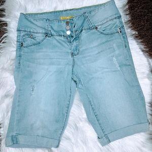 Wannabettabutt Juniors Shorts